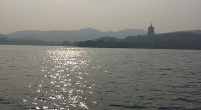 Photo of Trail 三潭印月 Three Pools Mirroring the Moon at 西湖中部 | Central West Lake, Hangzhou, Zh, China