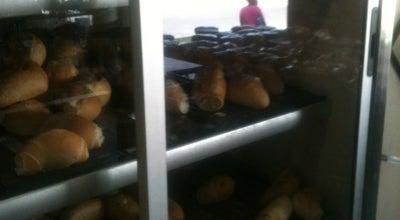 Photo of Bakery Padaria Lírios at R. Jose Maria De Santana, Contagem, Brazil