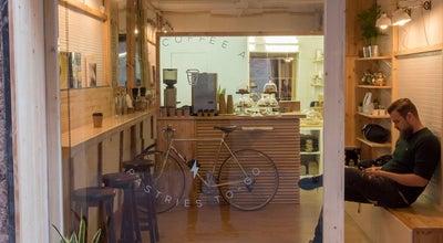 Photo of Coffee Shop Syra Coffee at C. De Siracusa, 13, Barcelona 08012, Spain