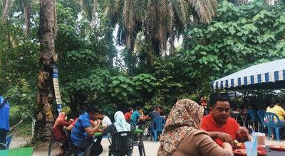 Photo of Malaysian Restaurant Warung Kelapa Sawit at Jalan Tok Kangar, Juru 14100, Malaysia