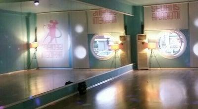 Photo of Dance Studio Sedans Akademi at Atatürk Mah. 1 Nolu Cad. 31 Nolu Sok. Nergis Konutları B Blok Altı, Gaziantep, Turkey