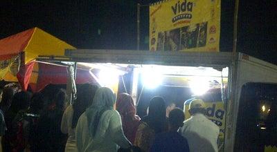 Photo of Food Truck Pusat Jajanan Pemda Cibinong at Jalan Raya Tegar Beriman, Cibinong, Indonesia