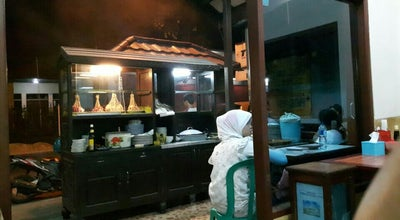 Photo of BBQ Joint Warung Sate Cak Rawi at Gn. Guntur, Balikpapan, Indonesia