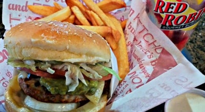 Photo of Burger Joint Red Robin Gourmet Burgers at 211 W Parkcenter Blvd, Boise, ID 83706, United States