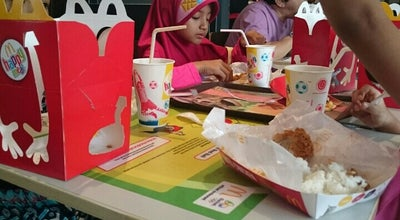 Photo of Fast Food Restaurant Mc Donald's Larangan Indah at Larangan Indah, Indonesia