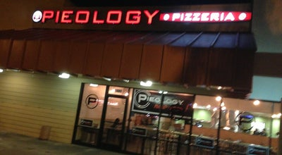 Photo of Pizza Place Pieology Pizzeria at 5027 Lakewood Blvd, Lakewood, CA 90712, United States