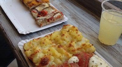 Photo of Pizza Place Buoni Le Pizze at Spain