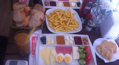 Photo of Cafe Bir Numara Kahvaltı & Cafe at Akmazçeşme Sokak No:15, Beşiktaş, Turkey
