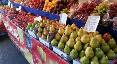 Photo of Farmers Market Feira Livre da Vila União at R. U-55 Esq. Av. Dos Alpes, Goiânia, Brazil