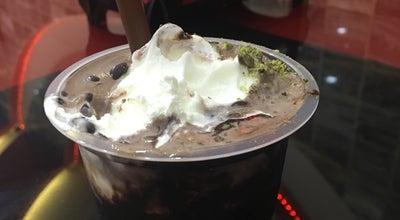 Photo of Ice Cream Shop Shaadkam Ice Cream | فالوده بستنی شادکام at Qods Sq, Qazvin, Iran