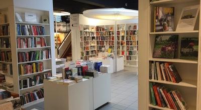 Photo of Bookstore De Groene Waterman at Wolstraat 7, Antwerpen 2000, Belgium