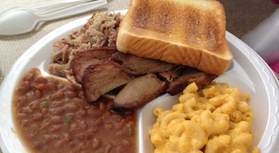 Photo of BBQ Joint Smoking Pig at 3986 Us Highway 17, Richmond Hill, GA 31324, United States