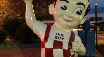 Photo of American Restaurant Frisch's Big Boy at 1707 E Perry St, Port Clinton, OH 43452, United States