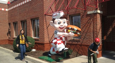Photo of Diner Frisch's Big Boy at 6510 Signature Dr, Louisville, KY 40213, United States