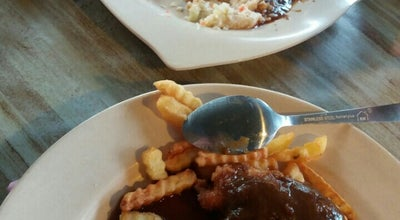 Photo of Cafe THE WARONG at Jalan Lpn Parit 1 Timur, Sungai Besar 45300, Malaysia