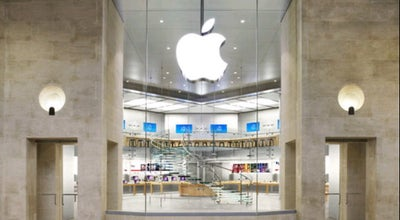 Photo of Electronics Store Apple Carrousel du Louvre at 99 Rue De Rivoli, Paris 75001, France