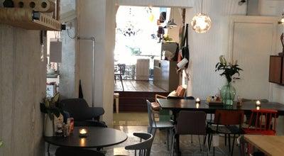 Photo of Design Studio Friday Next at Overtoom 31, Amsterdam 1054 HB, Netherlands