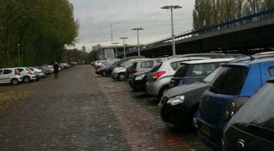 Photo of Parking P+R Parkeergarage Slinge at Slinge 763, Rotterdam 3086 EZ, Netherlands