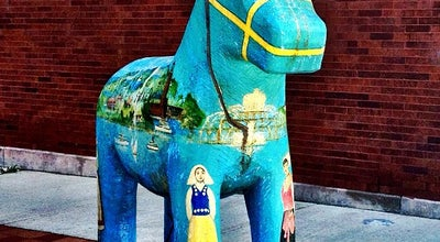 Photo of Sculpture Garden Andersonville Swedish Dala Horse at Clark St. & Farragut Ave., Chicago, IL 60640, United States