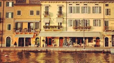 Photo of Harbor / Marina Porto di Lazise at Via Francesco Fontana, Lazise, Venetien, Italy