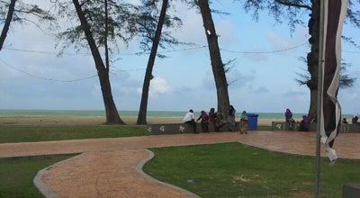 Photo of Beach Pantai Batu Buruk at Jalan Pantai Batu Buruk, Kuala Terengganu 20400, Malaysia
