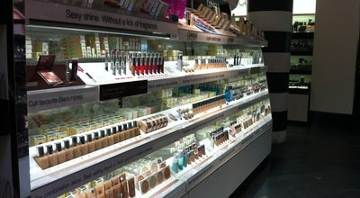 Photo of Cosmetics Shop Sephora at 119 5th Ave, New York, NY 10003