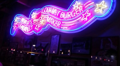 Photo of Burger Joint Red Robin Gourmet Burgers at 11784 W Broad St, Henrico, VA 23233, United States