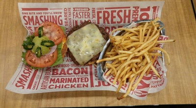 Photo of Burger Joint Smashburger at 490 S Lenola Rd, Maple Shade, NJ 08052, United States