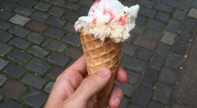 Photo of Ice Cream Shop Eis- und Waffelhaus at Deichstr. 41, Hamburg 20459, Germany