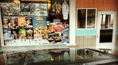 Photo of Ice Cream Shop Golly Gee Ice Cream And More at 405 E Perkins Ave, Sandusky, OH 44870, United States