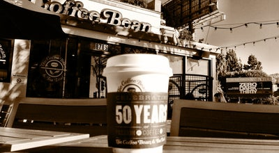 Photo of Coffee Shop The Coffee Bean & Tea Leaf at 8789 W Sunset Blvd, West Hollywood, CA 90069, United States