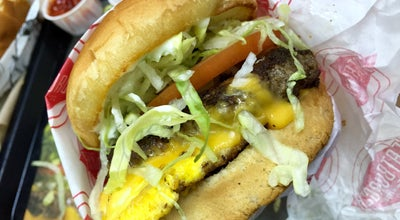 Photo of Burger Joint Fatburger at 5001 Wilshire Blvd Ste 103, Los Angeles, CA 90036, United States