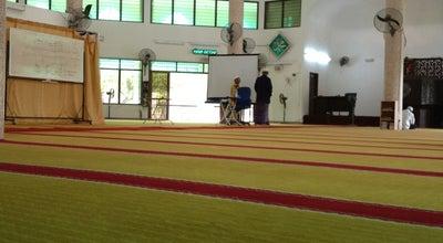 Photo of Mosque Masjid Al-Huda at Jalan Dato Ismail Hashim, Sungai Ara 11900, Malaysia