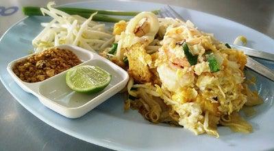 Photo of Ramen / Noodle House ร้านผัดไทยครูตุุ๊ก & ชวนกาแฟสด at ติดถนนใหญ่ค๊าบ, ชะอำ, Thailand