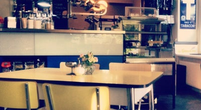 Photo of Coffee Shop Azzurro Espressobar at Tarpenbekstr. 61, Hamburg 20251, Germany