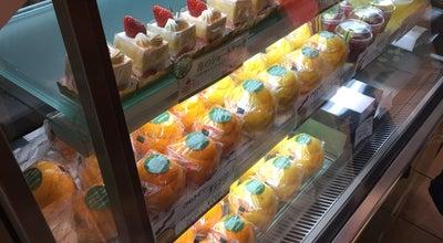 Photo of Food and Drink Shop 京橋 千疋屋 渋谷ヒカリエ シンクス店 (Kyobashi Sembikiya) at 渋谷2-21-1, 渋谷区 150-8509, Japan