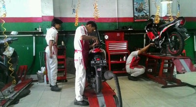 Photo of Motorcycle Shop Anugerah Utama Motor (AUM) at Jalan Gatot Subroto Timur No.145a, Denpasar, Indonesia
