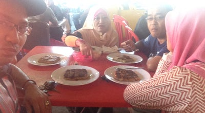 Photo of Breakfast Spot Warung Roti Canai Pak Shariff at Kampung Melayu Sri Kundang, Sungai Buloh, Malaysia