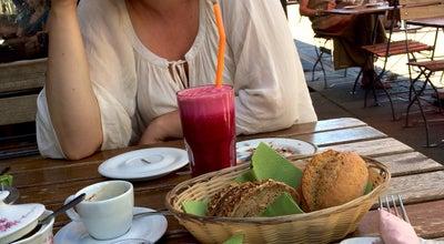 Photo of Cafe Café Heinrich at Contrescarpe 45, Bremen 28195, Germany