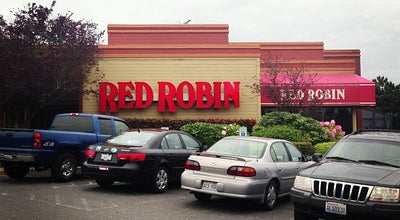 Photo of Burger Joint Red Robin Gourmet Burgers at 100 Telegraph Rd, Bellingham, WA 98226, United States