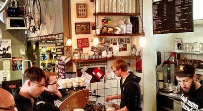 Photo of Bike Shop look mum no hands! at 49 Old St, London EC1V 9HX, United Kingdom