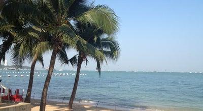 Photo of Beach หาดพัทยา (Pattaya Beach) at Pattaya Sai Nueang Rd., Bang Lamung 20150, Thailand