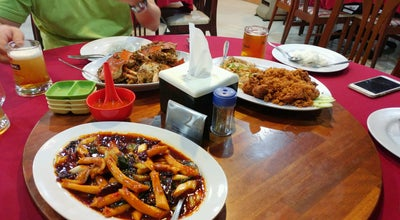 Photo of Chinese Restaurant Restoran Taman Anggrek at Jl.tuanku Tambusai, Pekanbaru, Indonesia