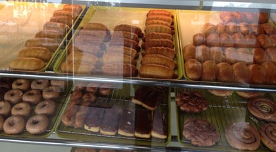 Photo of Donut Shop Vee's Donuts & Bakery at 1290 E Napoleon St, Sulphur, LA 70663, United States
