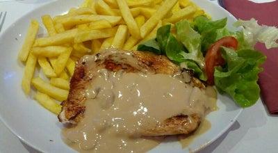 Photo of Cafe Le Café Crème at 17 Bis Rue Du Pont Colbert, Versailles 78000, France