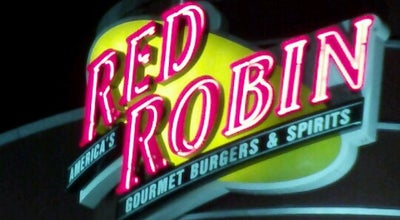 Photo of Burger Joint Red Robin Gourmet Burgers at 5029 Pinnacle Sq, Birmingham, AL 35235, United States