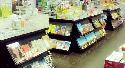 Photo of Bookstore POPULAR Bookstore at Boulevard Shopping Mall, Kuching 93250, Malaysia