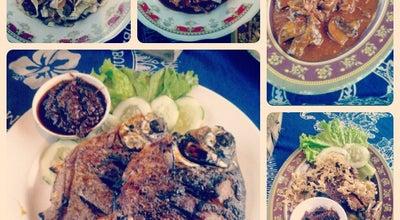 Photo of Vegetarian / Vegan Restaurant Pondok Makan ABBII Khas Jamur at Indonesia