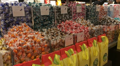 Photo of Candy Store Lindt Factory Outlet at 1650 Premium Outlet Blvd, Aurora, IL 60502, United States