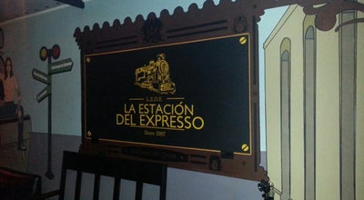 Photo of Bar La estación del expreso at Calle 49 # 9 - 85, Bogotá, Colombia